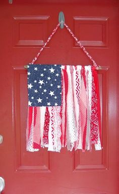 shabby chic amercan flag, crafts, how to, patriotic decor ideas, seasonal holiday decor, shabby chic