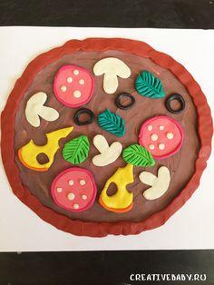 Пицца в технике пластилинография Preschool Crafts, Diy And Crafts, Crafts For Kids, Art Activities For Kids, Infant Activities, Easy Art For Kids, Plasticine, Play Clay, Art Lessons Elementary