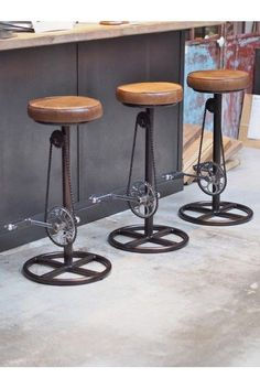Industrial bike stool – by catovanlief Steel Furniture, Funky Furniture, Bar Furniture, Recycled Furniture, Rustic Furniture, Furniture Removal, Office Furniture, Bicycle Decor, Top Furniture Stores