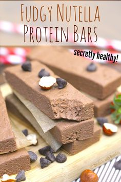 Healthy Nutella Fudge Protein Bars #nutellaproteinbar #fudgebar