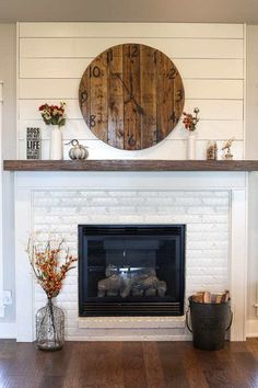 Brick Fireplace Decor, White Wash Brick Fireplace, Painted Brick Fireplaces, Brick Fireplace Makeover, Living Room With Fireplace, Fireplace Design, Fireplace Ideas, Brick Fireplace Remodel, Stone Fireplaces