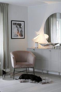 LJUVA MAGNOLIA | FAMILJELIV INREDNING MODE House Rooms, Home Office Design, Living Room Interior, Furniture, Interior, Interior Clean, House Interior, Room Decor, Apartment Interior