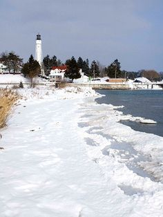 Sturgeon Bay Ship Canal Lighthouse on Lake Michigan, Sturgeon Bay, Door County, WI.
