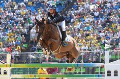JOHN MACDOUGALL / AFP -  JO 2016 - équitation : la France championne olympique de saut d'obstacles par équipes En savoir plus sur http://www.lemonde.fr/jeux-olympiques-rio-2016