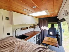 – Rusty — Vans of Germany Vw Lt 35, Vw Lt Camper, Camper Van, Campers, Der Bus, Campervan Interior, Van Life, Motorhome, Tiny House