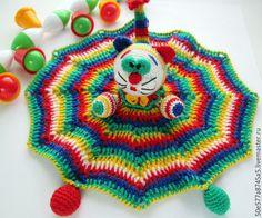 """Купить Комфортер - погремушка """" Полосатая Кошечка"""" игрушка,вязаная - разноцветный, погремушка, развивающая игрушка http://www.livemaster.ru/50e577a8745a5"""