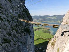 prechod cez mostík nad priepasťou