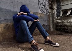 San Diego, Kalifornia, 26. január 2012 Ak chcete zmeniť pohľad tínedžerov na šikanovanie, choďte priamo za zdrojom väčšiny školských trendov: najviac spoje