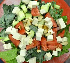 Busy #MeatlessMonday? Try our KISS - Keepin' It Simple #Salad! Romaine lettuce, kale, tomatoes, cucumbers, and tofu. ;)