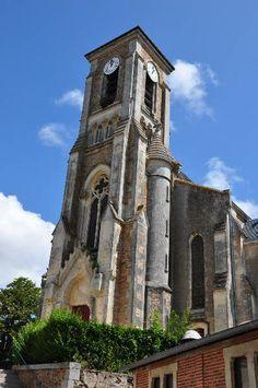 sur les chemins de la vendée : église d'Apremont