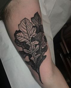 Oak Leaves - By Tine Defiore at Black Oak Tattoo Chicago IL