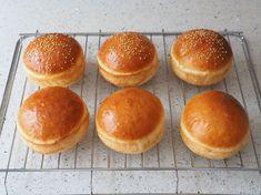 牛乳パックの型で、ふんわり手作りハンバーガーバンズ by きゃらきゃら(小林睦美) | レシピサイト「Nadia | ナディア」プロの料理を無料で検索