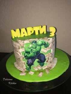 Superhero Hulk by DeliciousKitchen Swiss Meringue Buttercream, Buttercream Cake, Pastel Avengers, Hulk Cakes, Hulk Superhero, Fondant Tools, Disney Marvel, Cakes For Boys, Cake Art