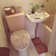 Bathroom/観葉植物/ワンルーム/ユニットバスのインテリア実例 - 2017-09-26 21:49:17 | RoomClip (ルームクリップ) Small Living Rooms, Living Room Decor, Japanese Apartment, Room Interior, Interior Design, Interior Sketch, Cleaning My Room, Toilet Storage, Apartment Plans