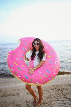 Mmmmm…donut It looks good enough to eat, and in fact, someone took a bite out of our best selling Giant Strawberry Donut Float. At 4 feet wide, this float is comfy enough for an entire day at the pool Summer Of Love, Summer Fun, Giant Donut, Ft Tumblr, Fitness Video, Pool Floats, Foto Pose, Swimming Pools, Photoshoot