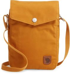 af266a5f55eb Fjallraven Greenland Pocket Crossbody Bag