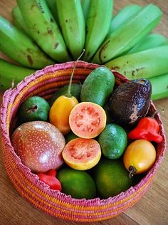 color patterns in tropical fruit Fruit And Veg, Fruits And Vegetables, Fresh Fruit, Colorful Fruit, Mixed Fruit, Eat Fruit, Puerto Rican Recipes, Mexican Food Recipes, Healthy Recipes