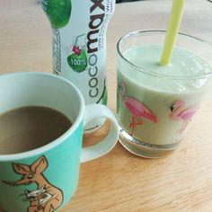 #smoothie #avokado #banaani #natural #jogurtti #kookosvesi #aamukahvi #aamupala #coconutwater #eilisättyäsokeria #noaddedsugar #breakfast #kesäkuntoon #kesääkohti