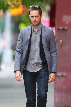 Patrick J. Adams | www.suitstv.net Patrick J Adams, Suits Usa, Gabriel Macht, Suits Tv Shows, Fly Guy, Harvey Specter, Suit Jacket, Handsome, Mens Fashion