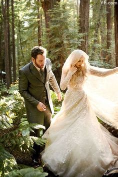 Wedding | Forest | Photography  https://lh6.googleusercontent.com/-ixaN3GOVDX4/UfqQc7ItiEI/AAAAAAAAJeU/7aKiXmQjkhk/w800-h800/photos-sean-parker-wedding.sw.22.sean-alexandra-parker-wedding-ss16.jpg