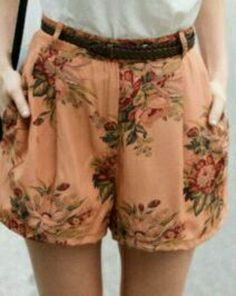 Floral print, high-waisted shorts... why do i not own these?