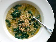 Vegan White Bean & Spinach Soup