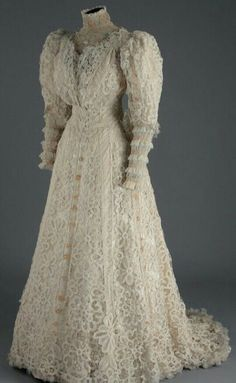 Ephemeral Elegance — Lace Afternoon Dress, ca. 1900s Fashion, Edwardian Fashion, Vintage Fashion, Edwardian Clothing, Vintage Gowns, Vintage Bridal, Vintage Outfits, Vintage Clothing, Vintage Lace