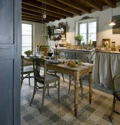 Instagram My French Country Home, Country Life, Provence, Swedish Farmhouse, Cozy House, Country Kitchen, Outdoor Furniture, Outdoor Decor, Kitchen Decor