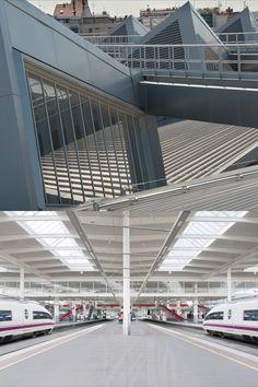 Architecture: Rafael Moneo | Facade and Door systems: VISS and Jansen-Economy 50 | Manufacturer: Jansen AG, Oberriet/CH Facade, Madrid, Doors, Architecture, Building, Steel, Arquitetura, Buildings, Facades