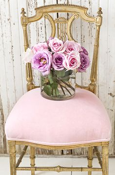 En mal estado tarjetas de nota elegantes, efectos de escritorio, papel, rosa de la vendimia, Jo-Anne Coletti, tazas de té, Limoges, pinturas románticas de rosa, silla, silla de oro francés, silla de color rosa, rosas, mercado de pulgas de París