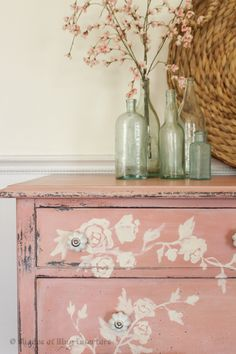 Shabby Chic Home Decor Shabby Chic Dresser, Redo Furniture, Painted Furniture, Shop Design, Shabby, Chic Decor, Paint Furniture, Shabby Chic Furniture, Shabby Chic Homes