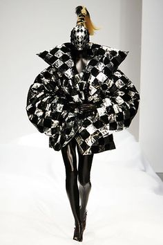 Gareth Pugh |Pinned from PinTo for iPad|