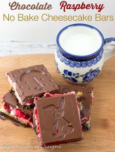 Easy Chocolate Raspberry No Bake Cheesecake Bars!