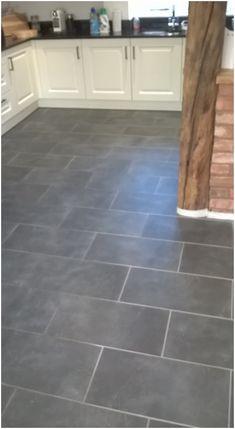 Kitchen Floor Tile Patterns, Slate Floor Kitchen, Kitchen Tiles, Kitchen Flooring, Kitchen Stove, Kitchen Redo, Slate Flooring, Diy Flooring, Slate Tiles