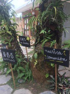 #conceptualizacion #eventospensados #outdoorparty @areagourmet chalkboard. Pizarras. Mensajes. Primera comunión. First communion. Fiestas de jardín.