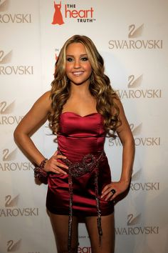 Amanda Bynes in Swarovski at the Red Dress Collection 2009 Fashion Show c481fabaa7b8