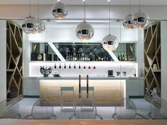 Chic & Contemporary Wine Bar!