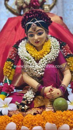 Lord Shiva Statue, Lord Shiva Pics, Lord Krishna Images, Durga Maa Paintings, Pookalam Design, Lord Durga, Indian Wedding Flowers, Indian Goddess Kali, Indian Illustration