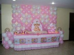 Baby Shower Decorations | Algo asi la decoracion un mesa de centro donde va el Pastel y los ... #decoracionbabyshower