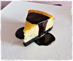 Thermomix - Rezepte mit Herz : Oreo Cheesecake mit Schokosoße