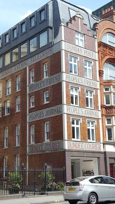 Dundee, Sign O' The Times, Multi Story Building, London, London England