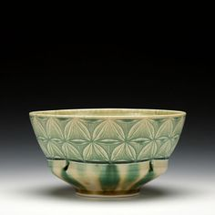 Medium Serving Bowl with Carved Pattern