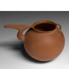 terra cotta vase via rodrigoalmeidadesign.jpg
