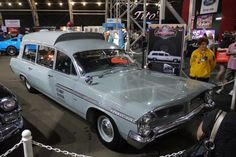 1963 gray Pontiac Bonneville Navy ambulance that purportedly carried the body of President John F. Kennedy after he was assassinated Rescue Vehicles, Police Vehicles, Car Station, Flower Car, Pontiac Cars, Pontiac Bonneville, Emergency Vehicles, Commercial Vehicle, Police Cars