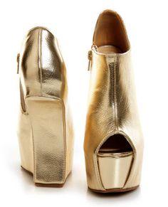 Privileged Keaton Gold Metallic Shootie Heelless Platforms    I NEED thses