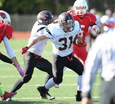 Greenwich routs Warde for Homecoming win - GreenwichTime