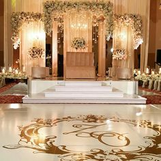 ideas for wedding reception backdrop dance floors Wedding Backdrop Design, Wedding Stage Design, Wedding Hall Decorations, Wedding Reception Backdrop, Marriage Decoration, Wedding Mandap, Engagement Decorations, Backdrop Decorations, Backdrops