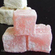Turkish Delight For a Chronicles of Narnia unit study maybe? How to make Turkish delight at home Candy Recipes, Sweet Recipes, Dessert Recipes, Just Desserts, Delicious Desserts, Yummy Food, Yummy Treats, Sweet Treats, Chocolate Bonbon