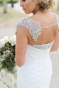 Glam Crystal Bolero for a Chic Wedding Dress Extravagant Wedding Dresses, Chic Wedding Dresses, Unique Wedding Venues, Unique Weddings, Bride Groom, Crystal, God, Stylish, Lace