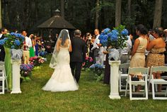 Brandywine Manor House: June 2012, #BMHWedding, Photographer: Kris Quiroz    A great compromise for our cerimony.